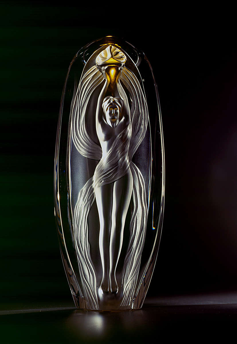 Eroica, Bicentennial French Revolution commemorative piece depicting a woman holding the flame of triumphant liberty. Photo for Lalique.